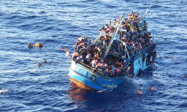 Bootvluchtelingen in de Middelandse zee